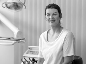 Corina Nagel, Dentalhygienikerin