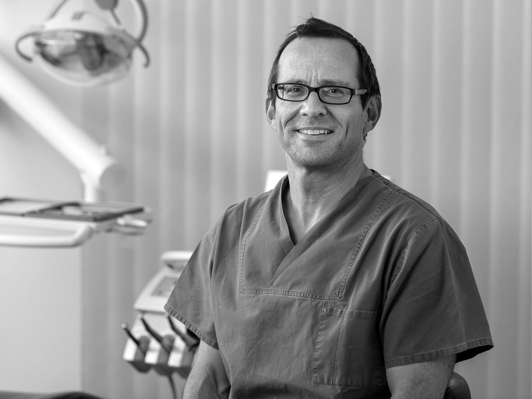 Stephan Payer, Implantologe, Oralchirurg